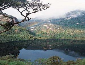 Kuélap - Laguna de Los Cóndores