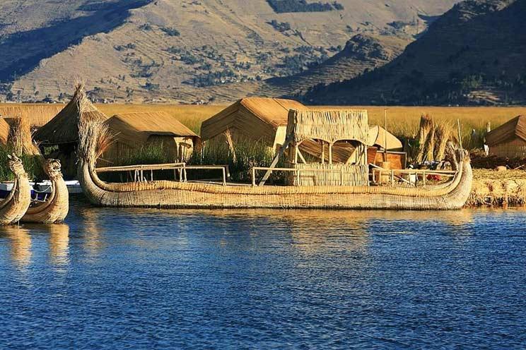 Puno Lake Titicaca Uros